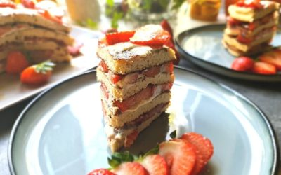 Pfannkuchentorte mit Mascarpone und Erdbeeren